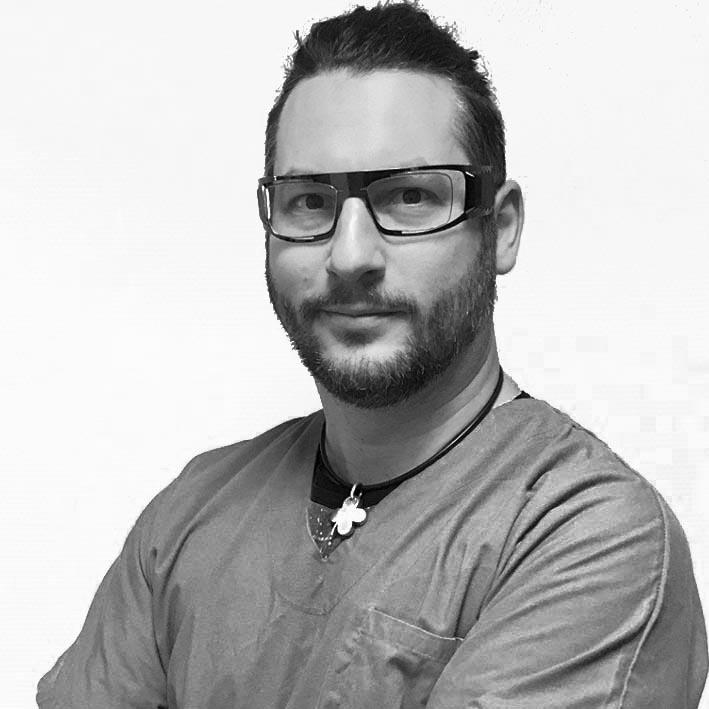 Dr Simon Gault